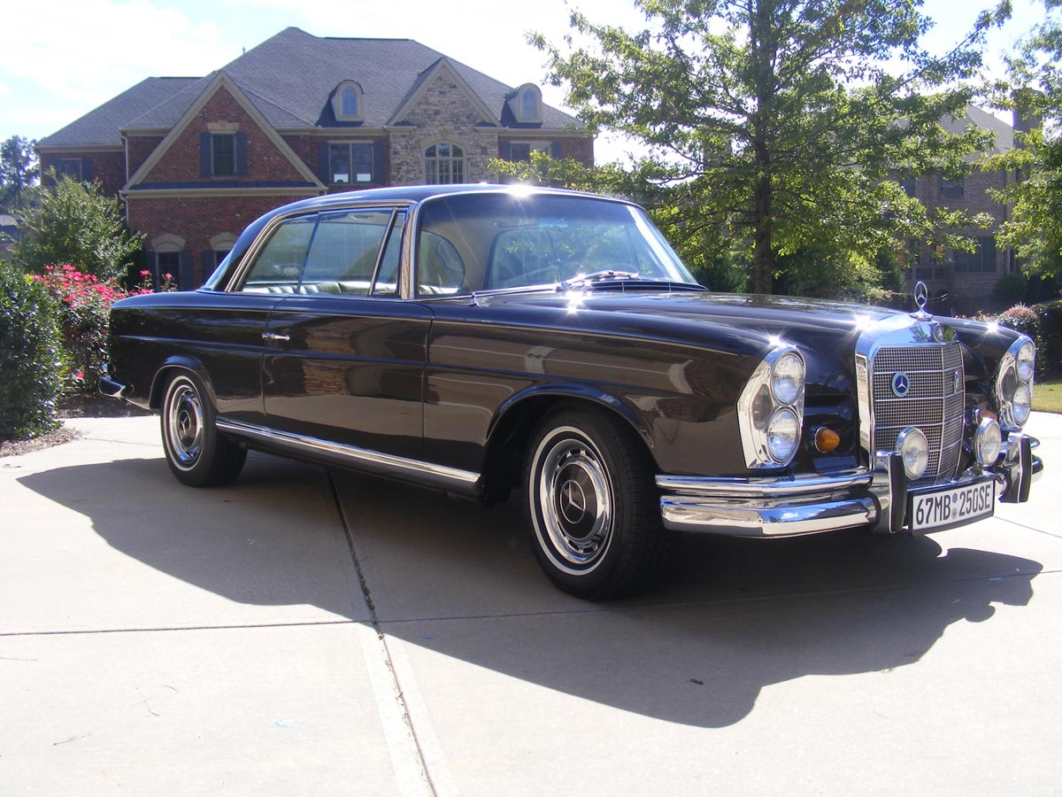 Mercedes Benz 1967 250SE Coupe – Foster Classic Cars